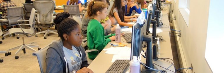 Header image of girls working at the digital animation program